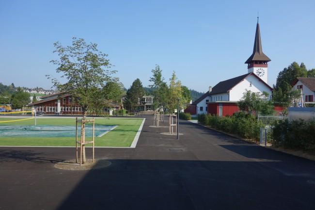 brn-p-192-Rasenspielfeld